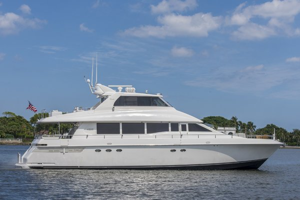Used Lazzara Sky Lounge Motor Yacht For Sale