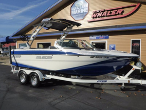 Used Mb Sports B52 21 Ski and Wakeboard Boat For Sale