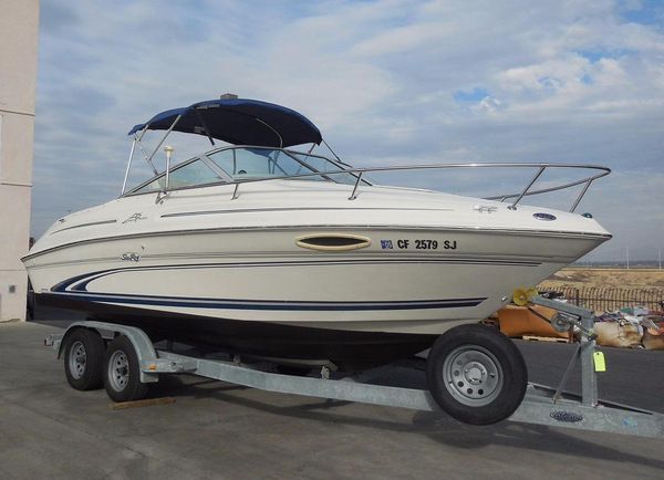 Used Sea Ray 215 Express Crusier215 Express Crusier Cuddy Cabin Boat For Sale