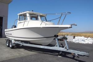 New Defiance 220 Admiral EX Pilothouse Boat For Sale