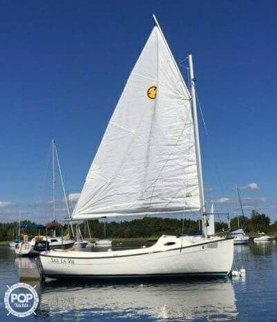 Used Com-Pac Sunday Cat 17 Daysailer Sailboat For Sale