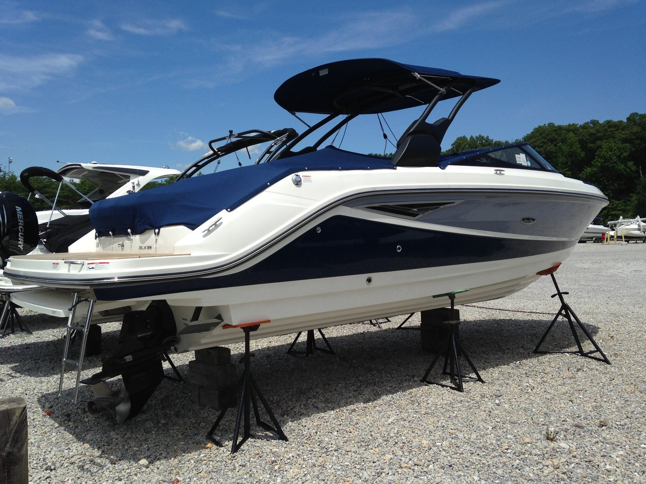 2017 New Sea Ray 280 SLX Bowrider Boat For Sale - $157,670