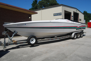Used Cigarette Racing 35 Cafe High Performance Boat For Sale