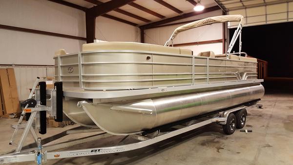 New Veranda V2575RC Pontoon Boat For Sale
