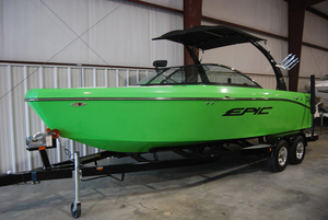 New Epic 23V Ski and Wakeboard Boat For Sale