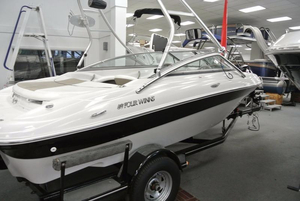 Used Four Winns 190 Horizon Runabout Boat For Sale