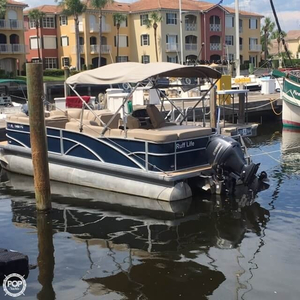 Used Sweetwater Premium 235c Pontoon Boat For Sale