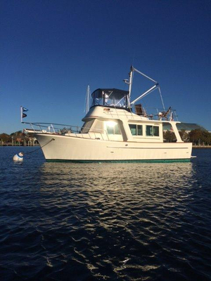 Used Mariner Orient 34 Trawler Boat For Sale