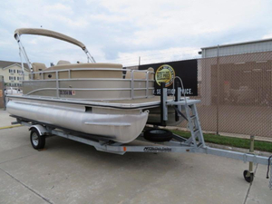 Used Cypress Cay Pontoons Cambio 180 CW Pontoon Boat For Sale