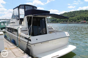 Used Carver 3297 Flybridge Cruiser Boat For Sale