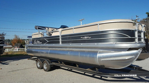 New Suntracker PARTY BARGE 24 DLX Pontoon Boat For Sale