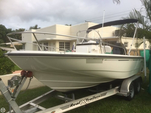 Used Boston Whaler 180 Dauntless Bay Boat For Sale
